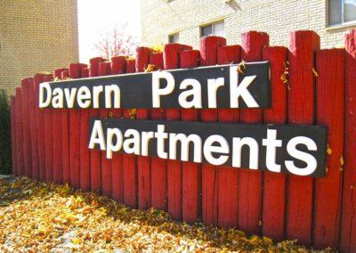 Davern.sign-1